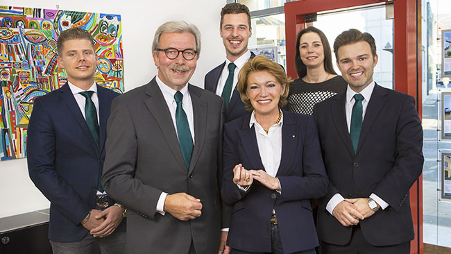 Das Team von Immobilien Werning in Bad Honnef. Daniel Scholl, Rolf Werning, Maximilian Harst, Eva Werning, Melanie Holstein, Christian Werning Immobilienmakler Königswinter Bonn