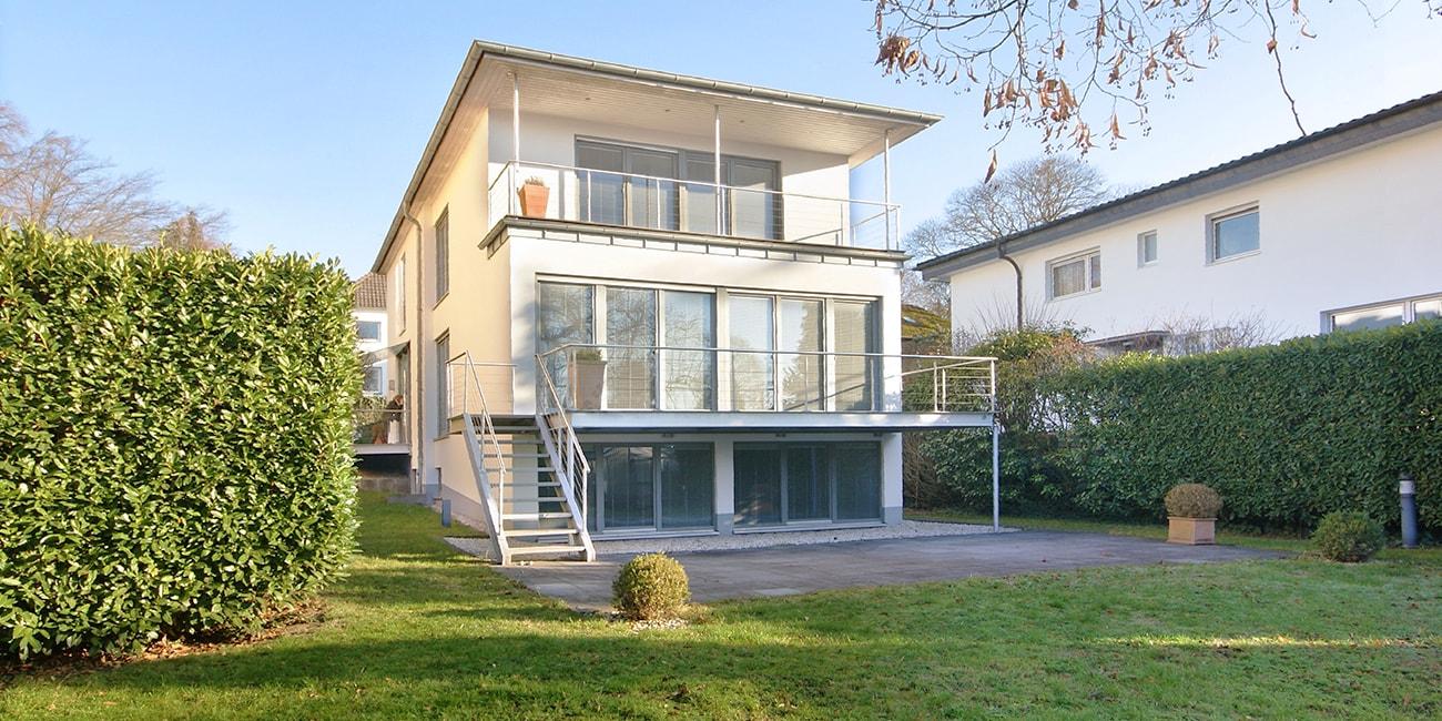 Einfamilienhaus in Bad Honnef Rhöndorf kaufen Architektenhaus Villa Haus kaufen Immobilien Werning Makler Königswinter Luxus Villa